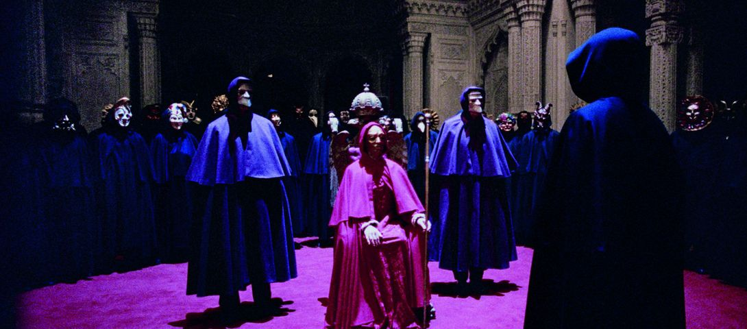 The Jewishness Of Stanley Kubrick S Eyes Wide Shut The Forward