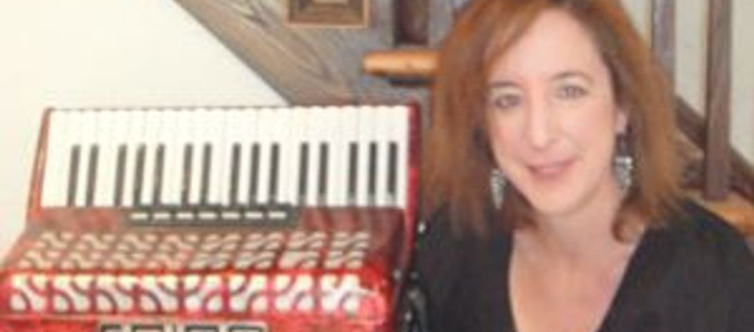 Q&A: Accordion Author Marion Jacobson – The Forward
