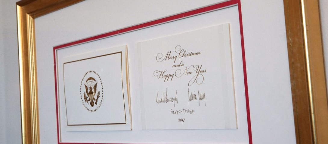 Trump Brings Christmas To White House Holiday Cards The Forward