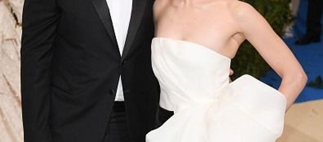Emmy Rossum Wedding.Emmy Rossum Wedding Pictures Dress The Forward