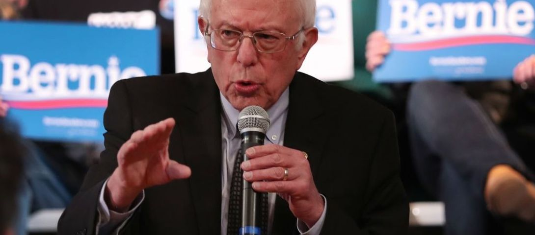 At town hall, Sanders names Holocaust as spur to service and Jews soften online