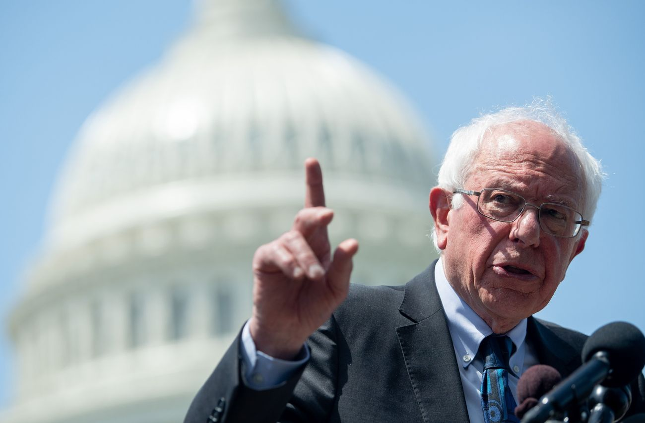 Gamers Rejoice: Bernie Sanders Now Has A Twitch Account