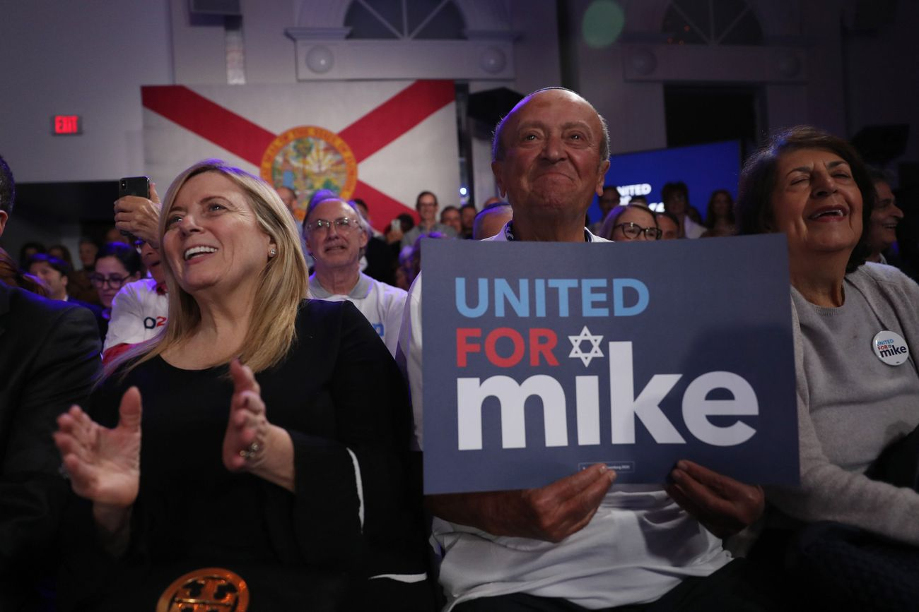 'Shalom, saludos': Bloomberg finds 'family' in politically moderate Miami Jews