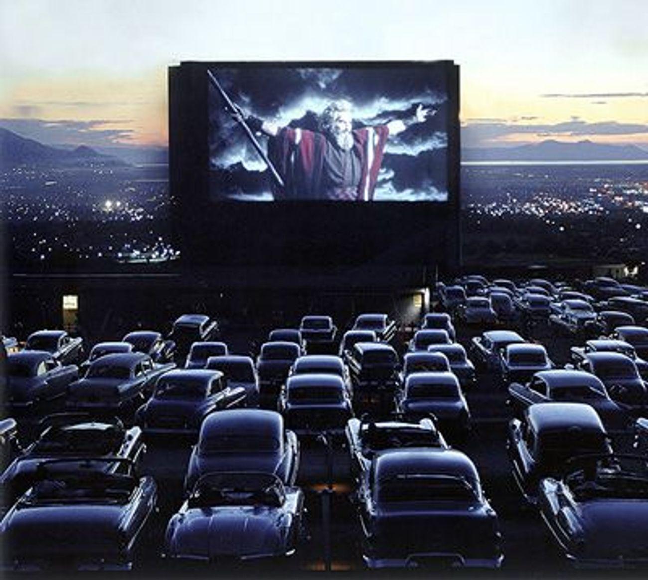 Eind oktober, Drive-in Movie in Zaandam Moses-052809-1425724119