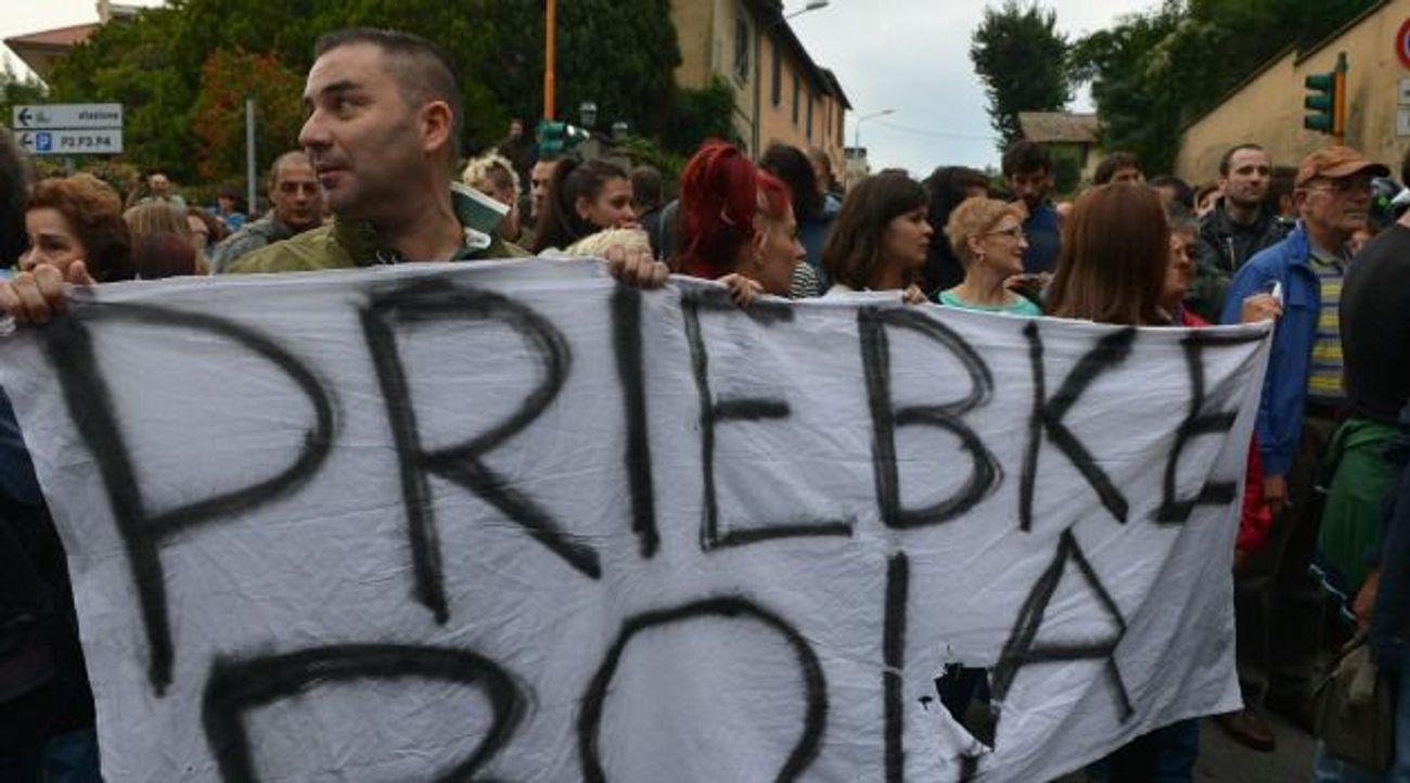 Rome Jewish Leader Cheers Protests Against Funeral of Nazi ...