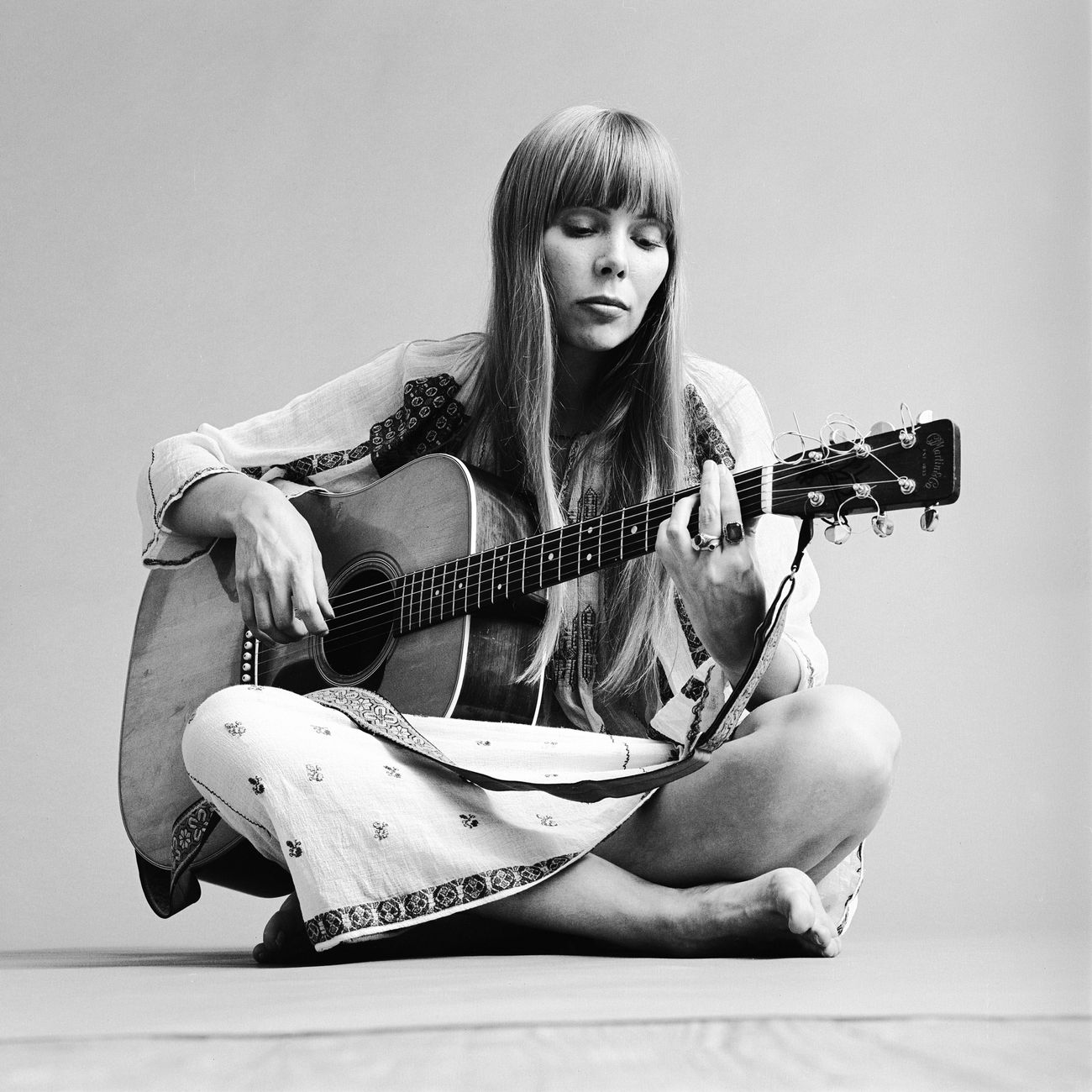 The Secret Jewish History of Joni Mitchell