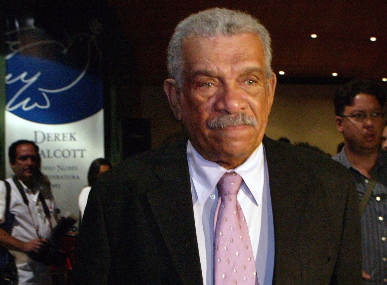 How Nobel Prize-Winning Poet Derek Walcott Identified With The Jews