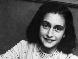Harvard Student Magazine Apologizes For 'Sexualizing Anne Frank'