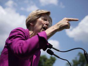 Warren Pledges Salary To HIAS During Gov Shutdown – The Forward