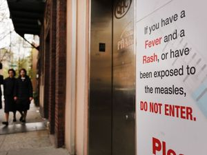 8ef300fed7f69 New York Closes Jewish School For Nixing Vaccine Order – The Forward