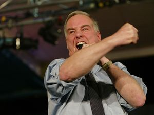Howard Dean Sets Off Twitter Storm With His Thoughts On Jewish Suffering