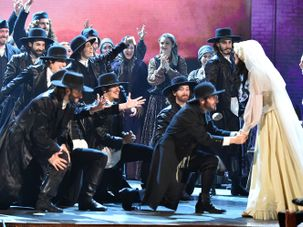 Yiddish Fiddler Will Move Off Broadway In February The