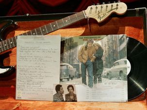 Bob Dylan items by the Forward