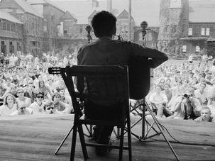 Bob Dylan at Newport by the Forward