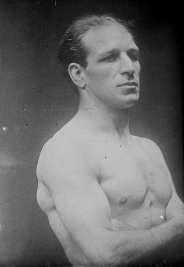 The Secret Jewish History of Boxing – The Forward