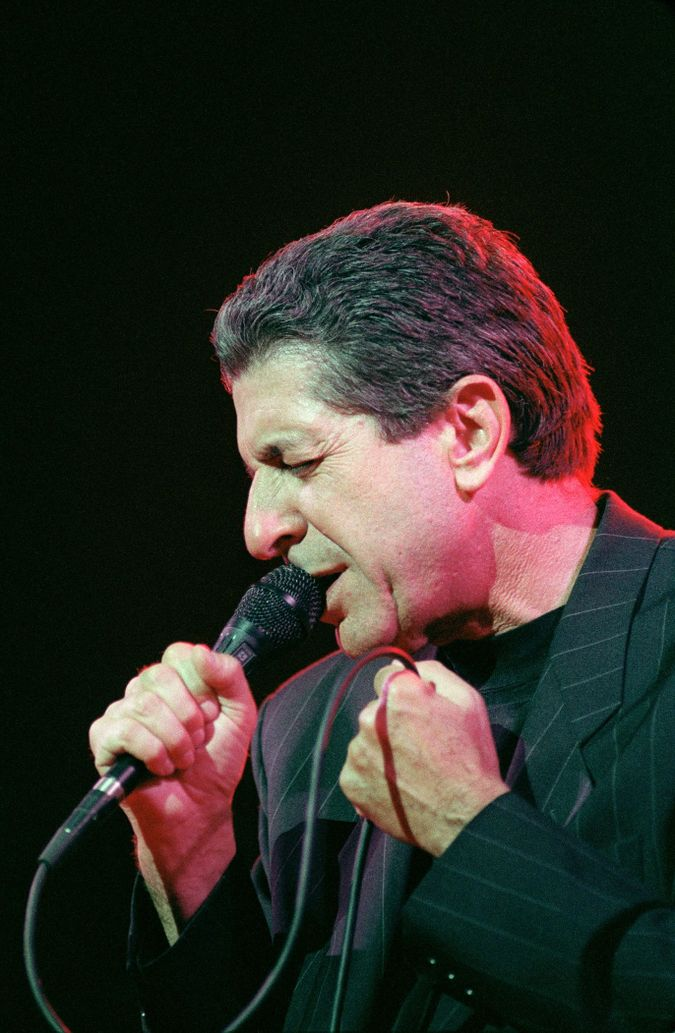 Leonard Cohen in 1988 by the Forward