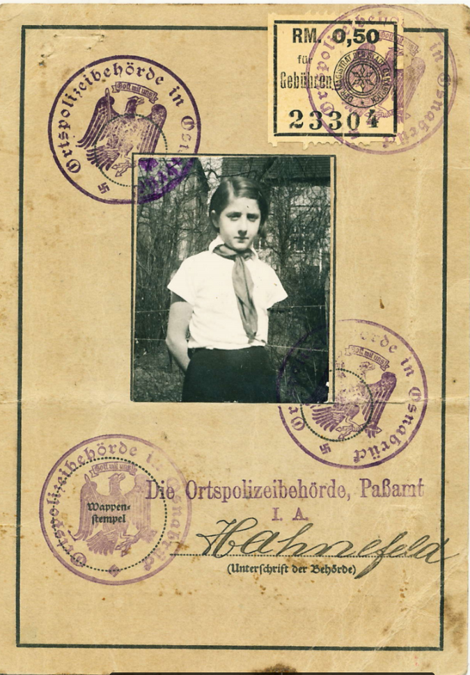 Molnar identity card by the Forward