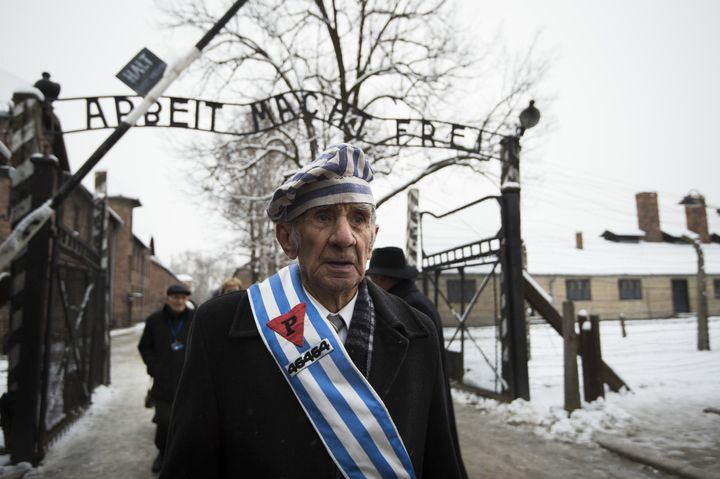 US Army Commander Suspended After Using Phrase 'Arbeit Macht Frei' In Memo