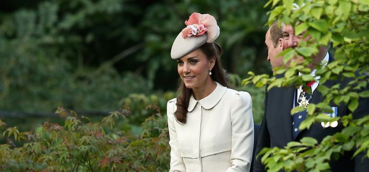 e9bcc84b9b8cc Kate Middleton Effect Brings Frum  Fascinator  Hats to Synagogue – The  Forward