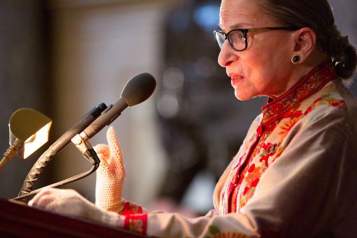 """a1c079023 Ruth Bader Ginsburg Calls Kaepernick Protest """"Dumb"""" – The Forward"""