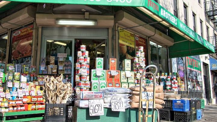The Jewish History of an Italian Grocery Store – The Forward