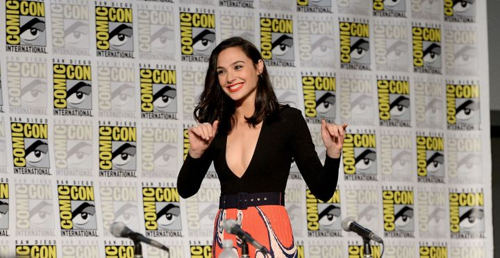 Gal Gadot Would Ve Pulled Krav Maga On Trump S Wandering Hands The