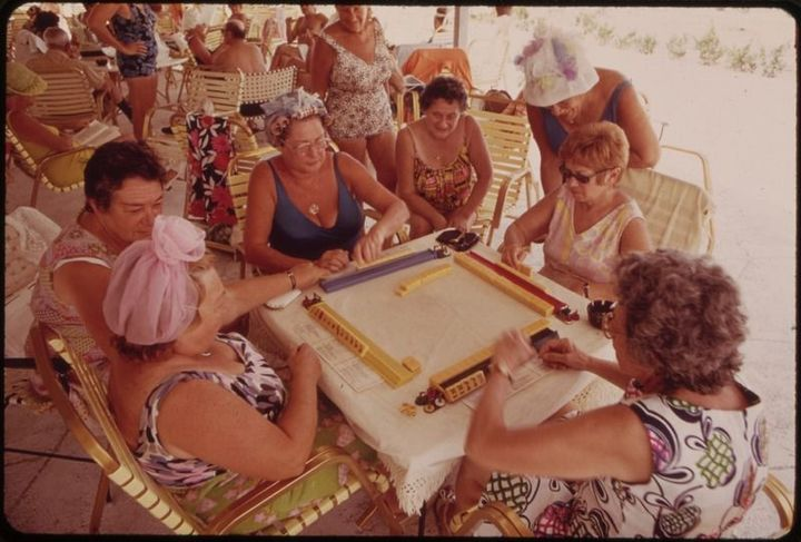 27c040eec9bc Jewish Bubbes Busted for Mahjong  Gambling Den  – The Forward